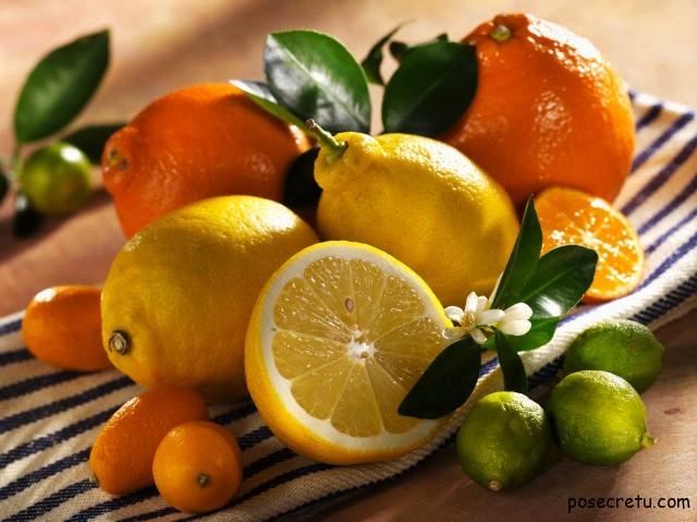 Апельсины и лимоны вредны для молодых женщин