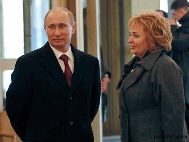 Владимир Путин с супругой