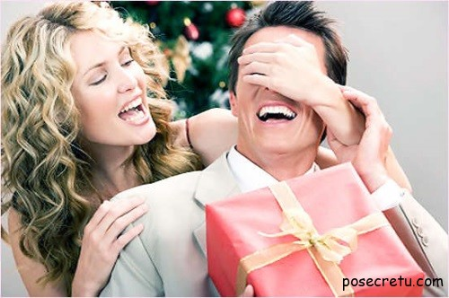 Девушки лучше мужчин выбирают подарки