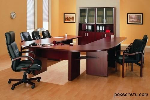 Интерьер и мебель в офисе
