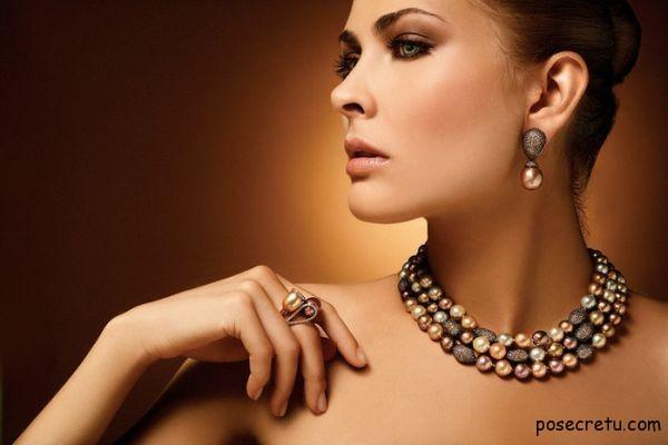 Как выбрать женское украшение в подарок