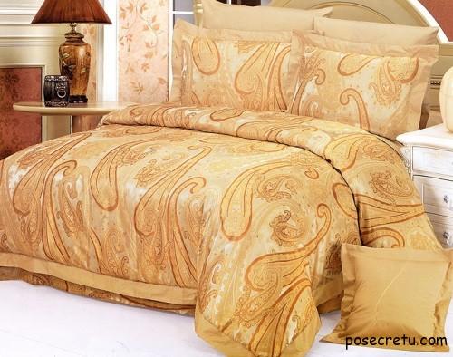 Как ухаживать за шелковым постельным бельем