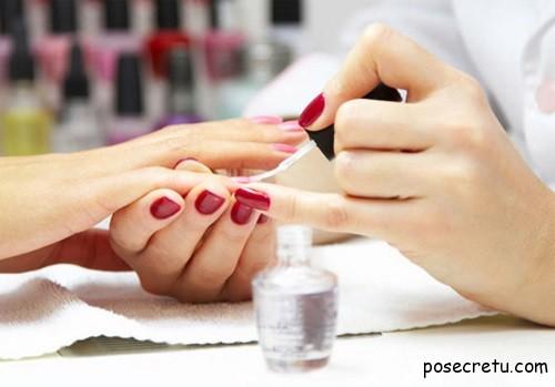 Отличие гель-лаков для ногтей