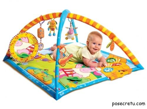 Самые необходимые игрушки для новорожденного