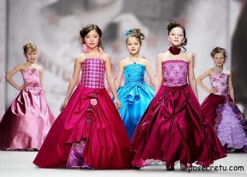 выбираем платья для девочек