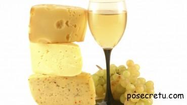 газировка и сыр