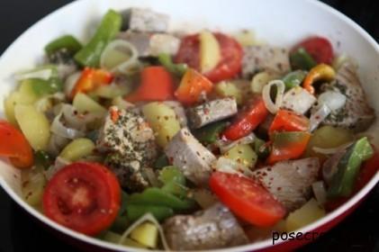 мелконарезанные овощи