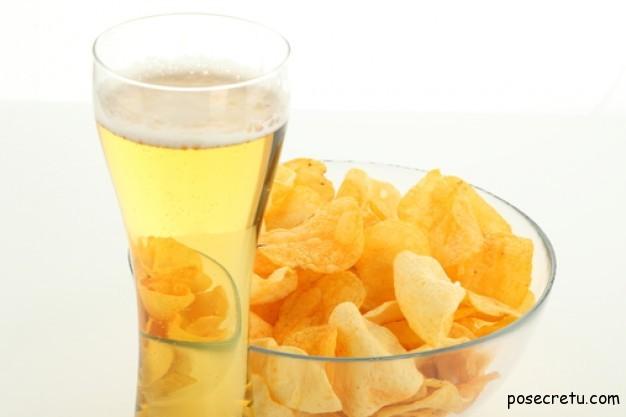 чипсы с пивом