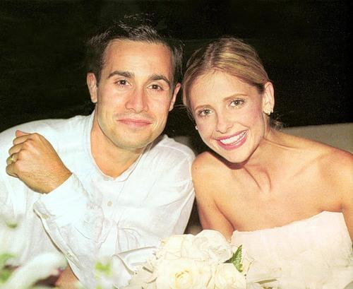 Сара Мишель Геллар с мужем