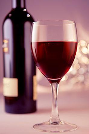 Красное вино не даст набрать вес
